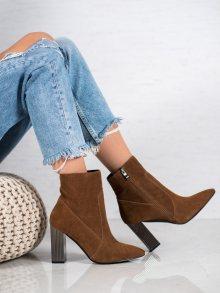 Luxusní dámské  kotníčkové boty hnědé na širokém podpatku 37