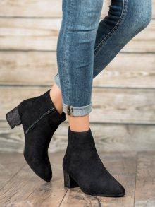 Krásné dámské  kotníčkové boty černé na širokém podpatku 36