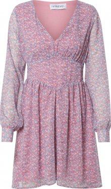 IVYREVEL Společenské šaty \'FLOWY\' modrá / růžová