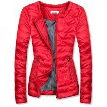 Červená krátká prošívaná bunda