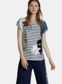 Modro-bílé pruhované tričko s nášivkou Desigual Refresh