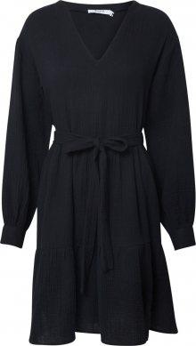 NA-KD Šaty černá