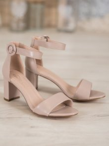 Trendy  sandály hnědé dámské na širokém podpatku 37