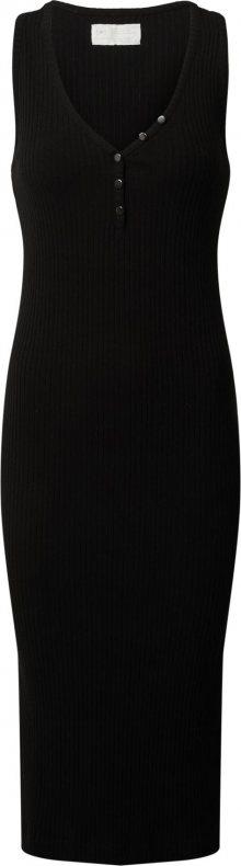 Banana Republic Úpletové šaty černá