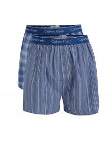 Sada dvou vzorovaných classic fit trenýrek v modré barvě Calvin Klein