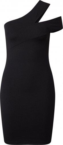 IVYREVEL Koktejlové šaty černá