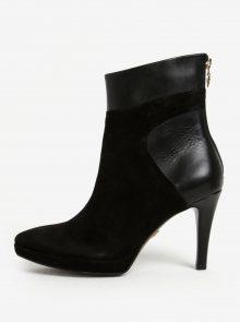 Černé semišové kotníkové boty na jehlovém podpatku Tamaris