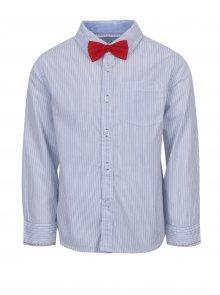 Bílá klučičí pruhovaná košile s červeným motýlkem 5.10.15.