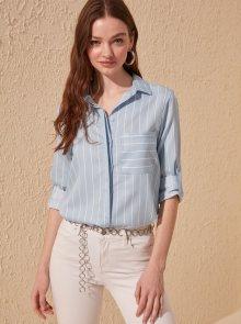 Světle modrá pruhovaná košile Trendyol - S