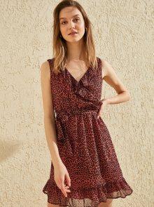 Vínové šaty s leopardím vzorem Trendyol - XS
