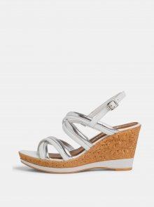 Bílé  sandálky na klínku Tamaris