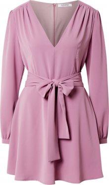 GLAMOROUS Šaty pink