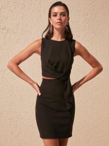 Trendyol černé letní šaty - S