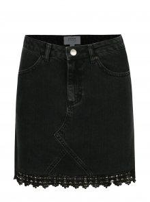 Černá džínová minisukně s krajkovým lemem Miss Selfridge