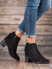 Originální  kotníčkové boty černé dámské na širokém podpatku 38