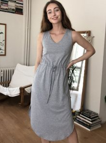 Šedé šaty Trendyol - XS