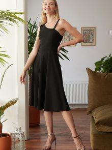 Černé šaty Trendyol - XS