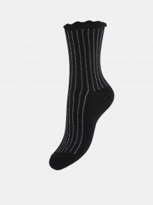 Černé pruhované ponožky Pieces Rivka