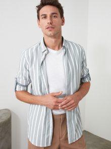 Bílo-modrá pánská pruhovaná košile Trendyol