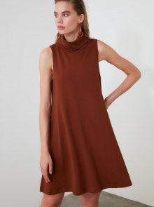Hnědé šaty s rolákem Trendyol - L