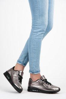 Pohodlné stříbrné tenisky na pevné gumové podrážce