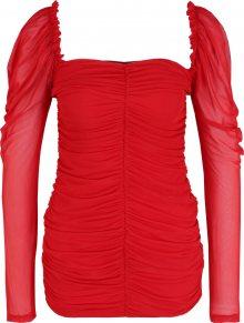 Missguided (Petite) Šaty červená
