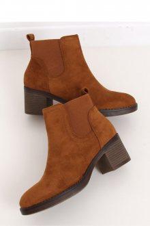 Boty na podpatku  model 146817 Inello  36