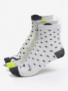 Sada tří párů holčičích ponožek v bílé a šedé barvě 5.10.15.