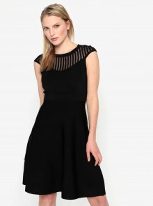 Černé šaty s průhledným dekoltem French Connection Rosecrepeknts
