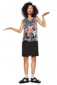 Desigual černé šaty Aploma s barevnými motivy - 36