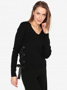 Černý svetr s véčkovým výstřihem a šněrováním VERO MODA Babetta
