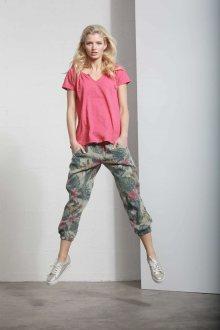 Deha khaki 3/4 kalhoty s tropickými motivy