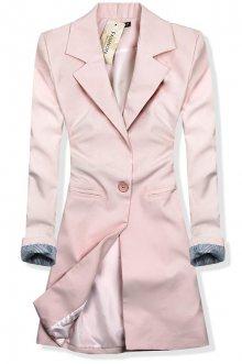 Světle růžové prodloužené sako se zapínáním