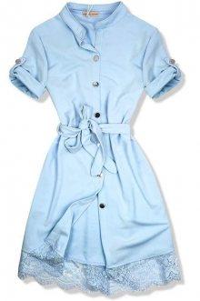 Světle modré šaty s krajkovým lemem