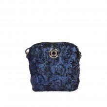 Originální modrá crossbody kabelka s kožešinky