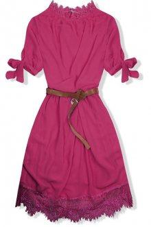 Růžové šaty s páskem