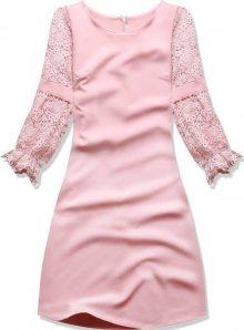 Pudrové šaty s krajkovými rukávy