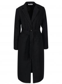 Černý dlouhý kabát s páskem Noisy May Minna
