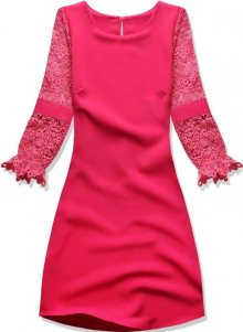 Růžové šaty s krajkovými rukávy