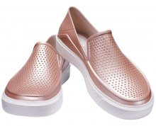 Crocs Dámské slip-on CitiLane Roka Metallic Rose Dust 205154-6OD 36-37
