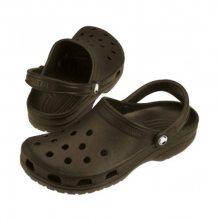 Crocs Hnědé pantofle Classic Chocolate 10001-200-M11 37-38