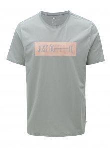 Světle šedé pánské funkční tričko s potiskem Nike