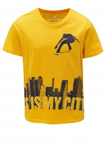 Žluté klučičí tričko s potiskem  5.10.15.