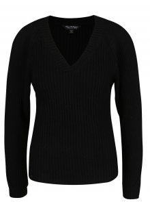 Černý svetr s průstřihy na rukávech Miss Selfridge