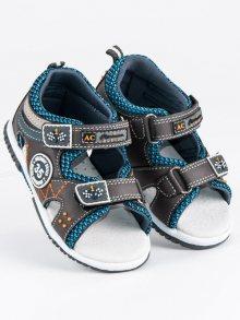 Moderní šedé chlapecké sandály
